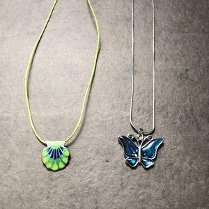 2 pendant necklaces